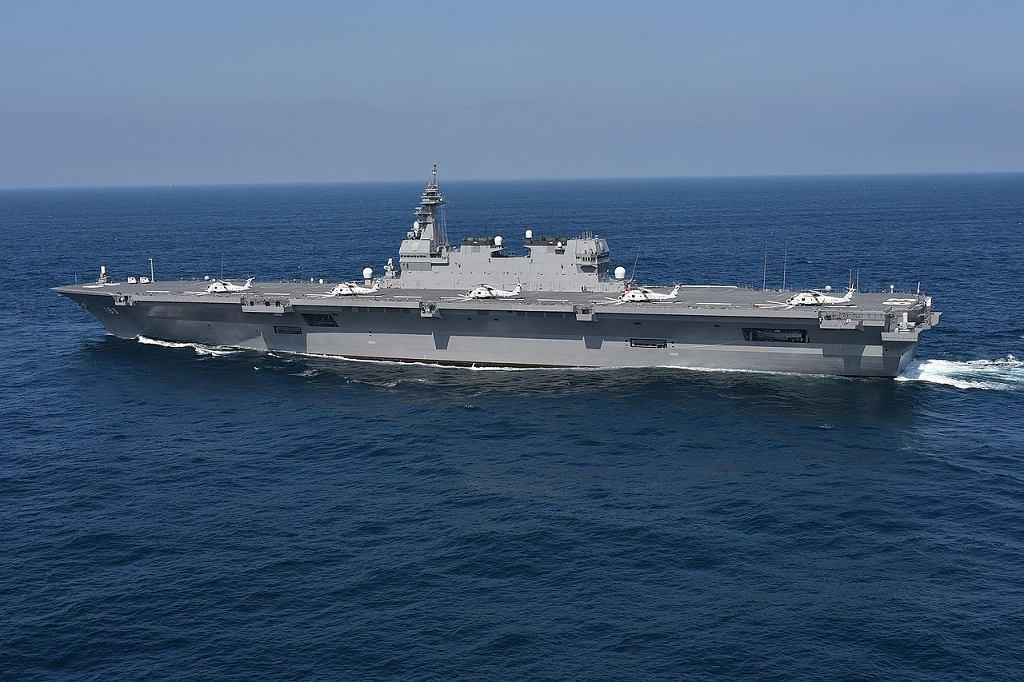 Japoński niszczyciel śmigłowcowy Izumo. W przyszłości faktycznie lotniskowiec