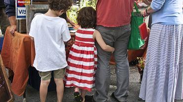 Rodzinne zakupy / fot. CC BY 2.0, liz west/Flickr.com