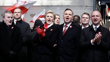 11.11.2019, Andrzej Duda (trzeci z prawej) podczas koncertu 'Gramy dla Niepodległej'