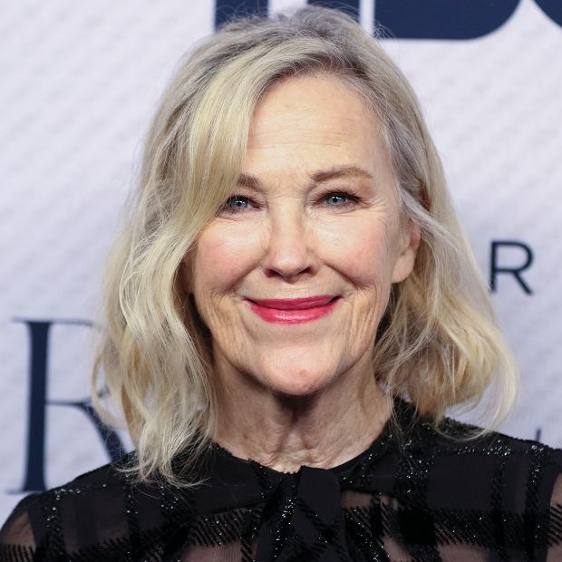*BEVERLY HILLS, LOS ANGELES, CALIFORNIA, USA - NOVEMBER 11: Catherine OHara arrives at the Los Angeles Premiere Of HBO Documentary Films Very Ralph held at The Paley Center for Media on November 11, 2019 in Beverly Hills, Los Angeles, California, United States.fot. Face to Face/REPORTER