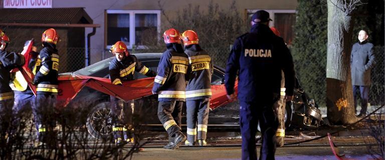Sąd i śledczy przerzucają się winą za zniszczenie płyty z wypadku Szydło