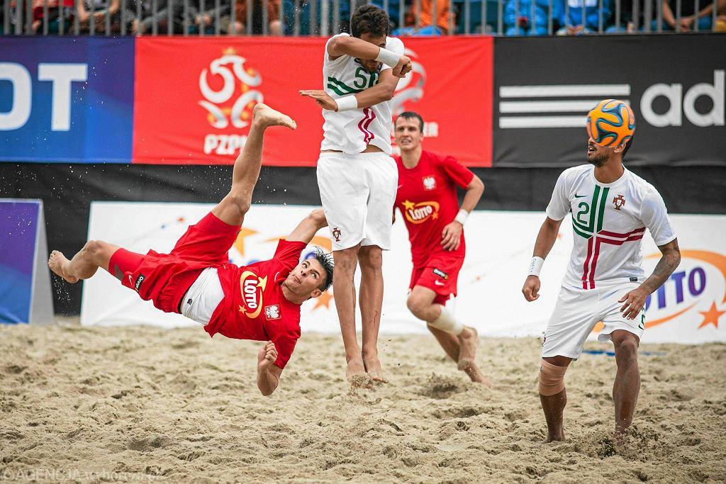 Mecz plażowej piłki nożnej Polski z Portugalią