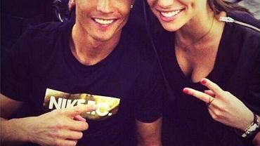 To <b>Cristiano Ronaldo</b> i <b>Lucia Villalon</b> za kulisami ostatniej gali Złotej Piłki FIFA. Zdaniem hiszpańskich mediów, Villalon jest nową partnerką piłkarza Realu Madryt i być może także przyczyną jego rozstania z Iriną Shayk
