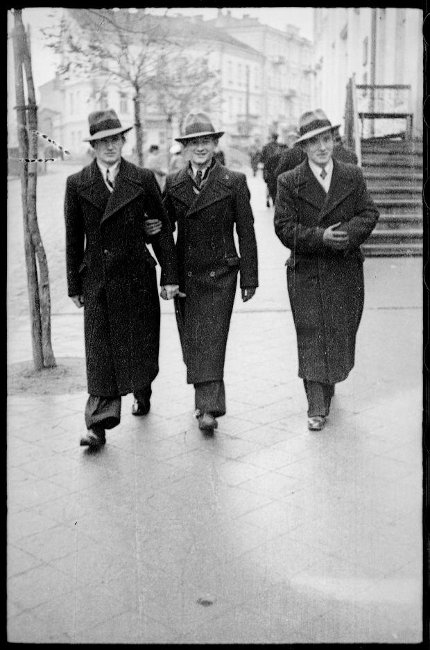 Zdjęcie numer 6 w galerii - Zdarzyło się... 1 listopada 1936 roku. Niepublikowane zdjęcia sprzed 81 lat