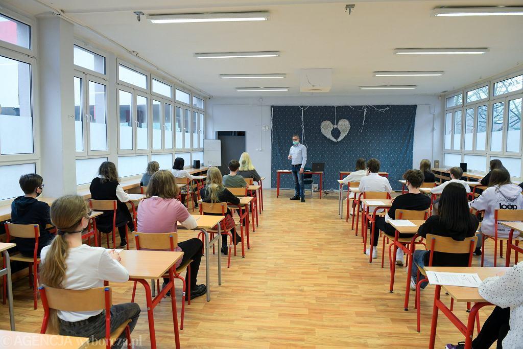 Próbny egzamin ósmoklasisty. Szkoła Podstawowa nr 29, Wrocław, 17 marca 2021