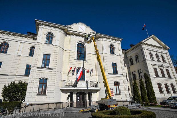 Zdjęcie numer 8 w galerii - Ratuszowa zagadka rozwiązana. Bydgoszcz ma nowy zegar [ZDJĘCIA]