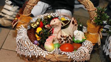 Zakaz przemieszczania się Wielkanoc 2021. Rodzinne Święta Wielkanocne stoją pod znakiem zapytania