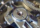 Pytania o zegarki #6: Pieczęć Genewska, tachometr, rozładowana bateria