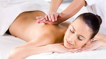 Masaż ajurwedyjski to połączenie klasycznego masażu z akupresurą