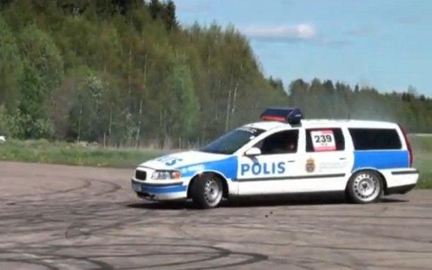 Volvo V70 Polis