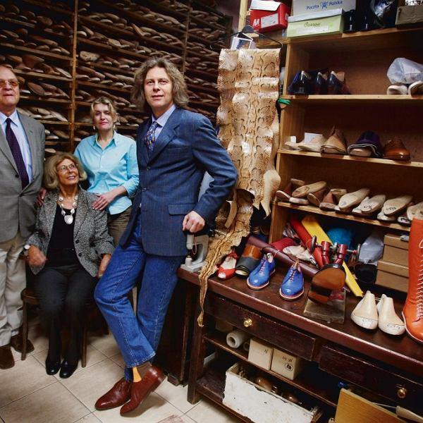 Rok 2008, Kielmanowie w rodzinnej pracowni przy Chmielnej 6. Od lewej: Jan Kielman, wnuk założyciela firmy (już nieżyjący), jego żona Leokadia, synowa Monika i syn Maciej