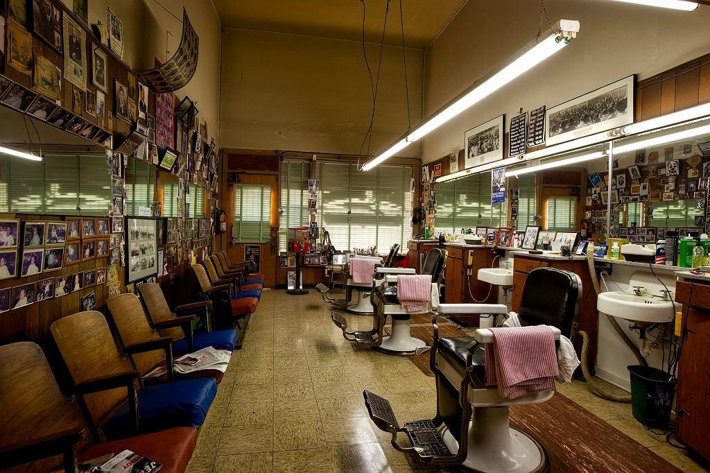 Zakłady fryzjerskie i kosmetyczne otwarte od 18 maja. Na jakich zasadach?