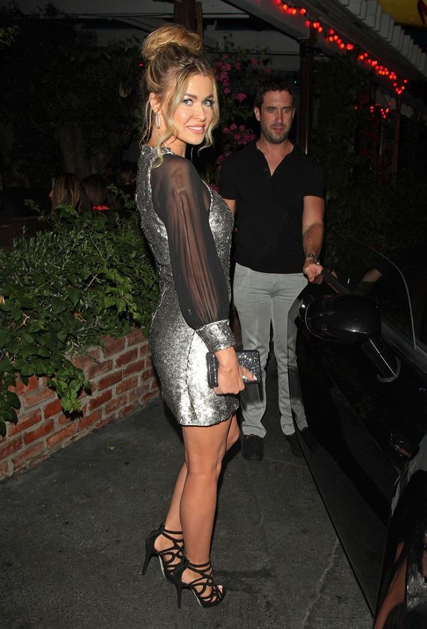 84840, LOS ANGELES, CALIFORNIA - Saturday September 29, 2012. Sexy actress and former 'Baywatch' star Carmen Electra seen wearing a short silver dress while leaving from a evening partying with friends at the Pink Taco in Hollywood. Photograph: ??David Tonnessen, PacificCoastNews.com **FEE MUST BE AGREED PRIOR TO USAGE** **E-TABLET/IPAD & MOBILE PHONE APP PUBLISHING REQUIRES ADDITIONAL FEES** LOS ANGELES OFFICE:+1 310 822 0419 LONDON OFFICE:+44 20 8090 4079