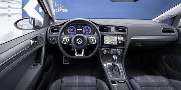 Volkswagen Golf FL