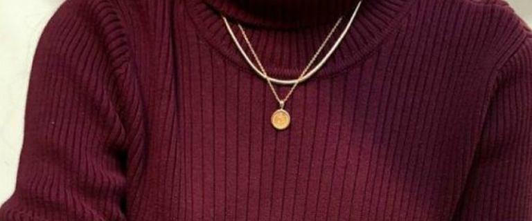 Burgund - najmodniejsze ubrania w jesienno-zimowej barwie. Propozycje z sieciówek!