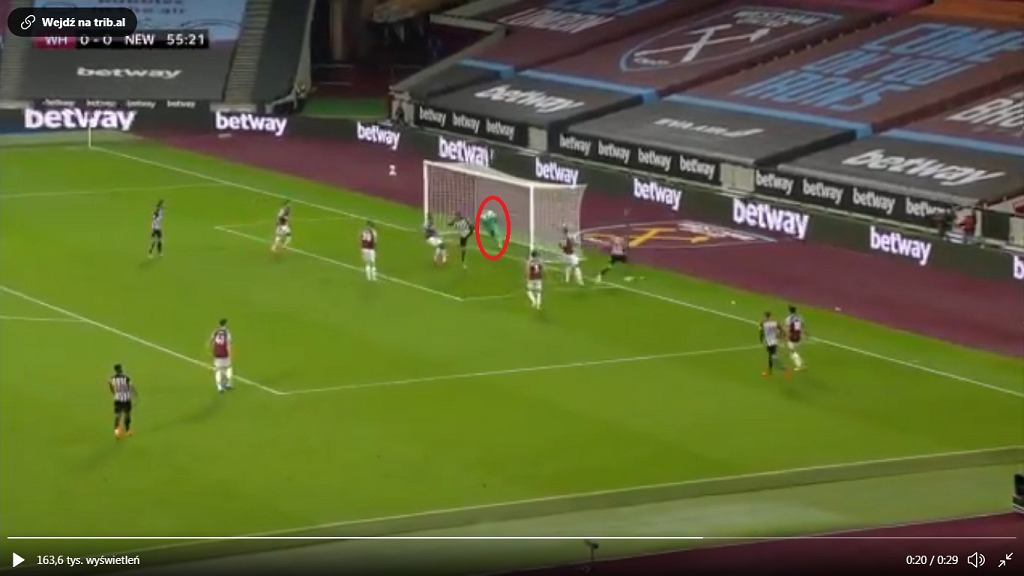 Fabiański popełnił spory błąd przy golu Newcastle na 1:0