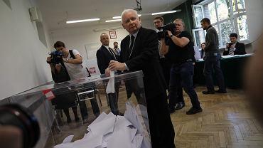 Wybory do Parlamentu 2019. Jarosław Kaczyński oddaje głos