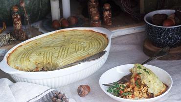 Zapiekanka z kalafiora to doskonały pomysł na szybki obiad. Zdjęcie ilustracyjne