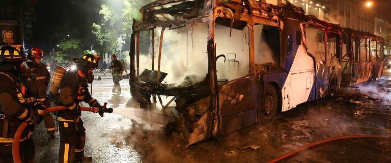 Chile: stan wyjątkowy w stolicy. Gwałtowne protesty i starcia z policją