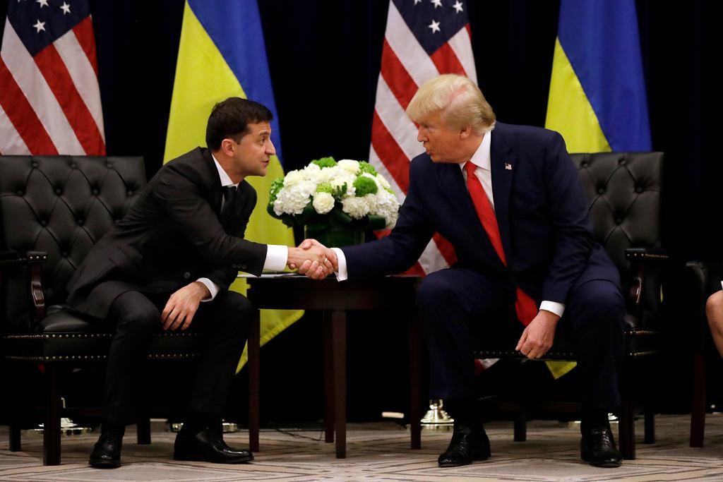 Prezydent Ukrainy Wołodymyr Zełenski i Donald Trump w hotelu InterContinental Barclay; spotkanie miało miejsce przy okazji obrad Zgromadzenia Ogólnego ONZ. Nowy Jork, 25 września 2019 r.