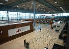 Dziś otwarcie berlińskiego lotniska opóźnionego o 9 lat. Według krytyków już wygląda na stare