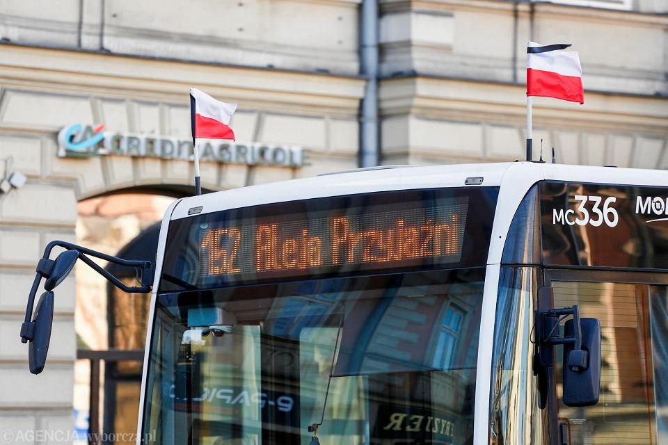 Żałoba narodowa - krakowskie autobusy
