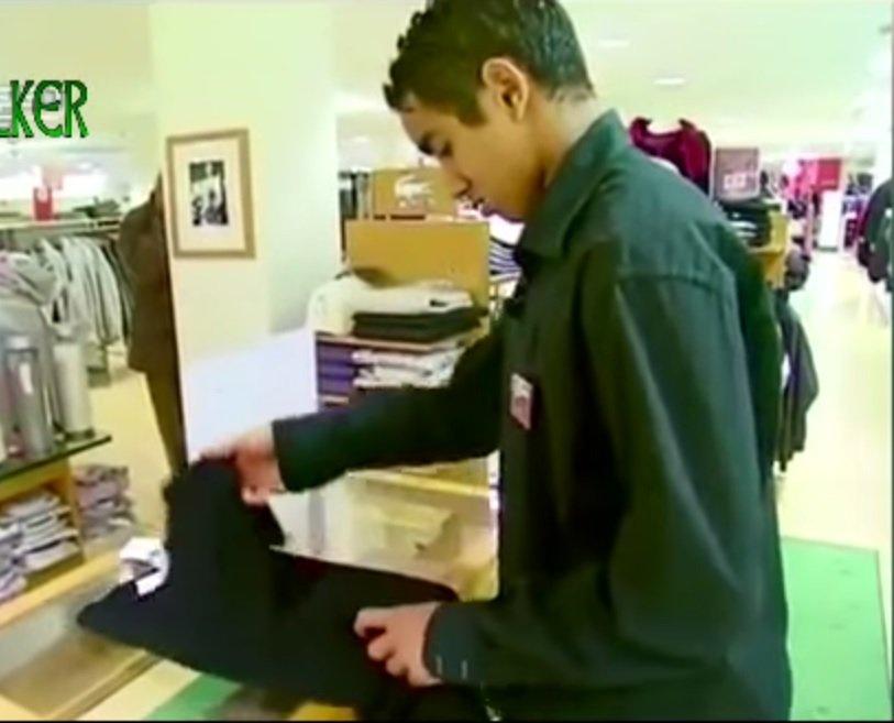 Dimitri Payet pracuje w sklepie