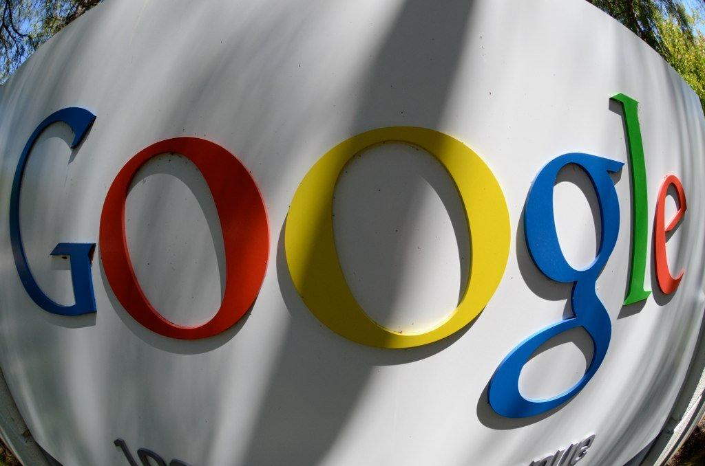 Google chce być szeryfem internetu.