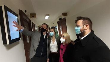 Sąd Okręgowy w Białymstoku. Posiedzenia w sprawie aresztu tymczasowego dla 13 aktywistów z zarzutami za przecięcie drutu na polsko-białoruskiej granicy