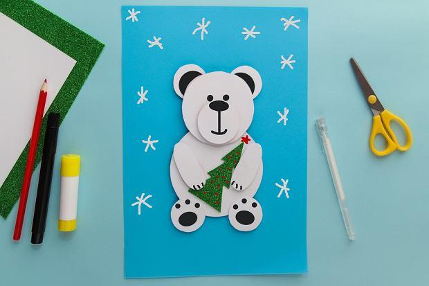 Zimowa praca plastyczna - niedźwiedź polarny. Zdjęcie ilustracyjne