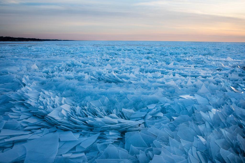 Lodowe odłamki na Jeziorze Michigan
