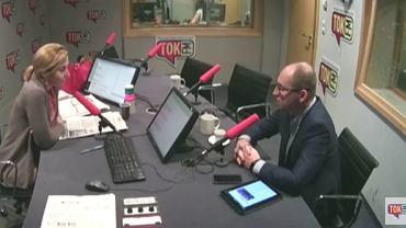 """Gościem Dominiki Wielowieyskiej w """"Poranku Radia TOK FM"""" był Adam Bielan"""