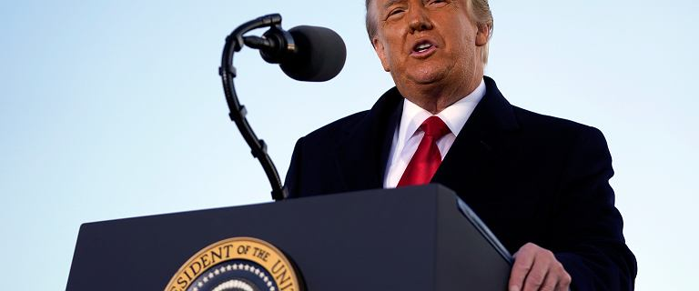 Zarzuty wobec Trumpa trafiły do Senatu, proces ruszy w lutym