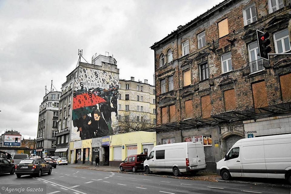 Malowidło upamiętniające 'czarny protest' zniknęło z mapy Warszawy