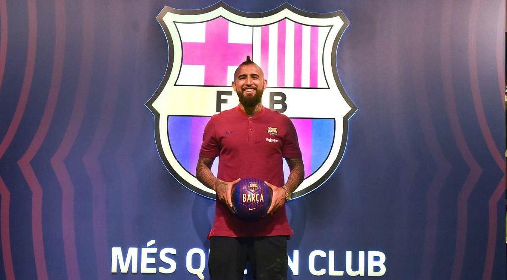 Arturo Vidal oficjalnie piłkarzem Barcelony