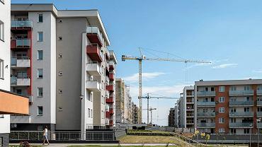 28.06.2017, Rzeszów, budowa bloków na osiedlu Słoneczny Stok.