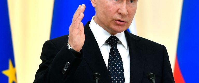 Kreml o skandalu w Austrii. Pieskow odcina się od