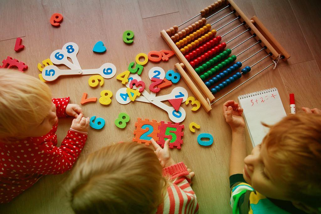 Nauka poprzez zabawę już od najmłodszych lat. Podpowiadamy jak to zrobić