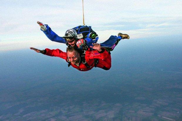 Mój pierwszy raz: skok na spadochronie