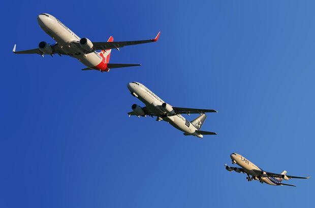 Dlaczego te same loty trwają dziś dłużej niż 10 lat temu? Przewoźnicy dołożyli tzw. bufor rozkładowy