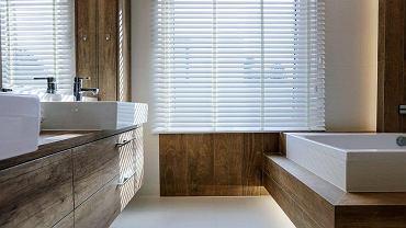 Drewniane żaluzje sprawdzą się w każdym pomieszczeniu