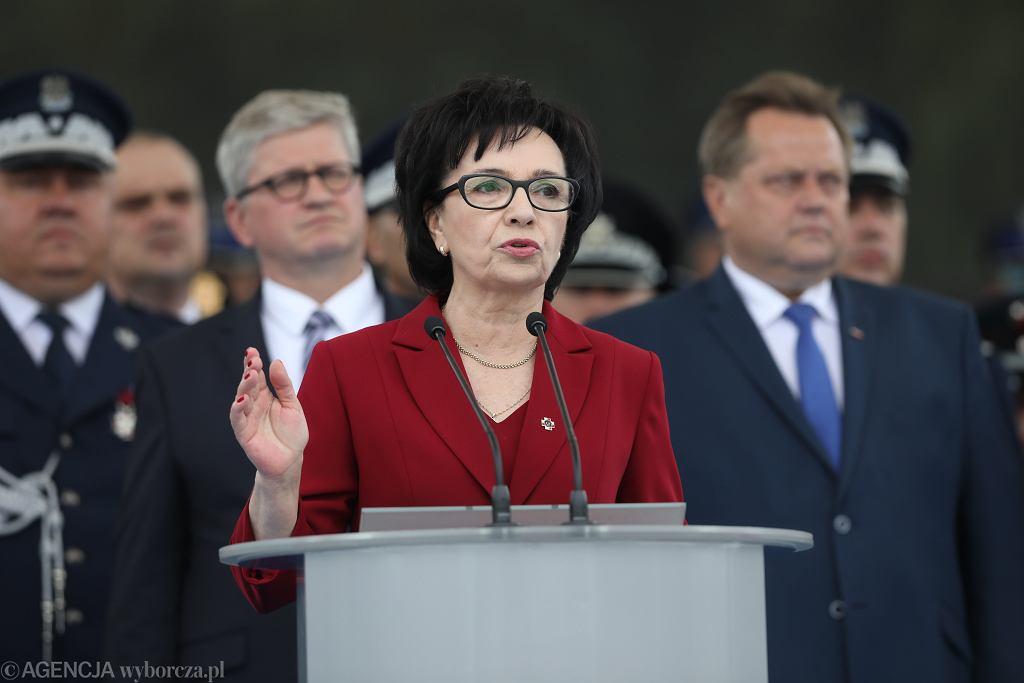 Elżbieta Witek i Jarosław Zieliński podczas uroczystości z okazji 100. rocznicy powstania Policji Państwowej