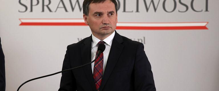 Komitet Obrony Sprawiedliwości chce dymisji Ziobry.