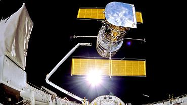 Teleskop Hubble'a nie działa, a misji ratunkowej nie da się wysłać. Zostało jedno wyjście