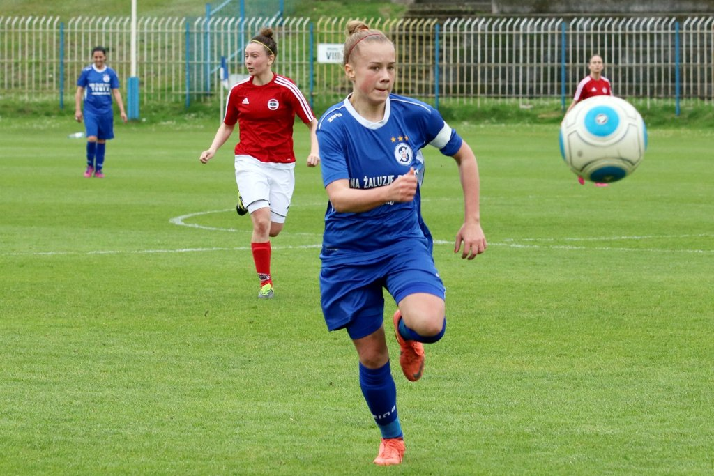 Pierwsza liga piłki nożnej kobiet: TKKF Stilon Gorzów - Polonia Poznań 1:0 (0:0)