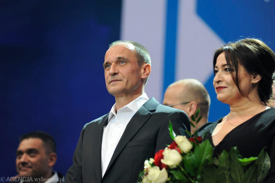 Paweł Kukiz w swoim sztabie w dzień wyborów