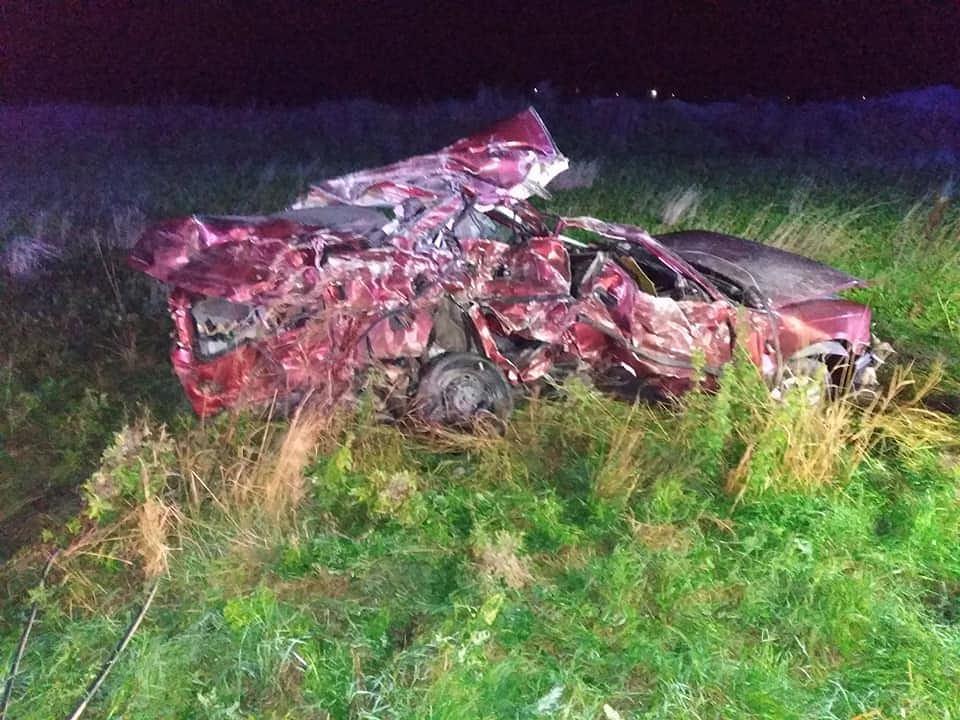 Tragiczny wypadek w gminie Dobrcz. Nie żyje 23-latek./fot. Osp Dobrcz