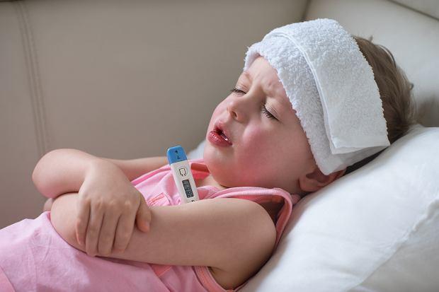 Drgawki u dziecka: przyczyny i objawy. Co robić?