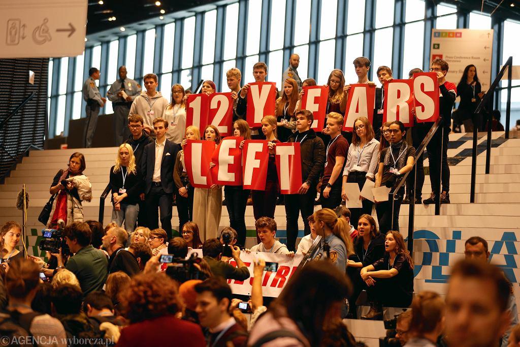 Szczyt klimatyczny COP24. Młodzi ludzie domagają się od polityków śmielszych działań na rzecz zatrzymania zmian klimatu