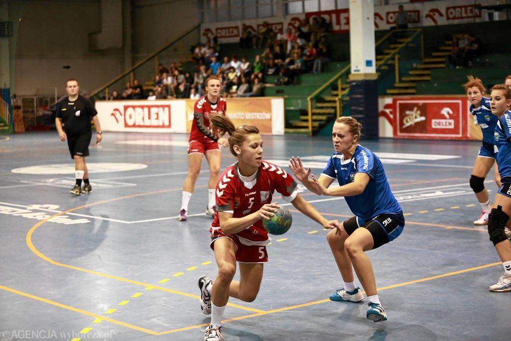Ogólnopolski Turniej Piłki Ręcznej kobiet. Jutrzenka Płock - AZS UMCS Lublin 23:21 (13:11)